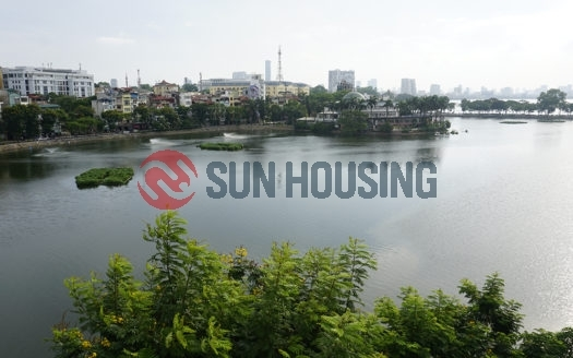 Lake views, affordable price 1 bedroom apartment in Tran Vu street for lease