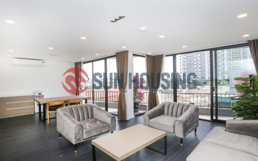 Good quality 2 bedroom apartment for rent, Tay Ho area, high floor