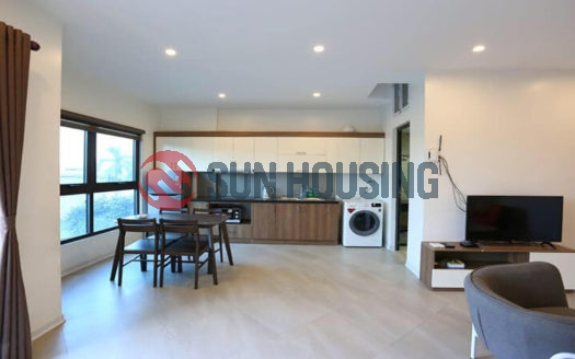 Spacious Au Co 1 bedroom for rent with a balcony, behind flower market