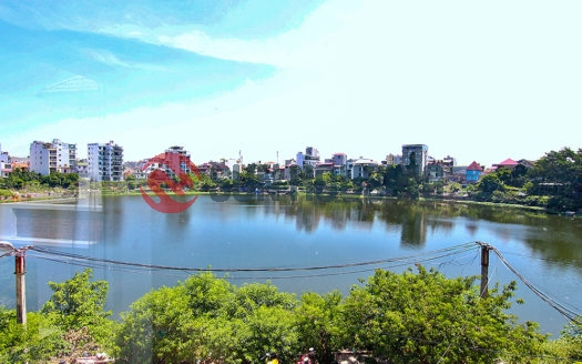 Beautiful lake view and modern style 02 bedrooms apartment in Au Co street to rent, reasonable price.
