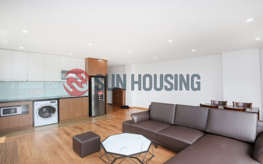Trinh Cong Son 2 bedroom apartment recently finished with good quality.