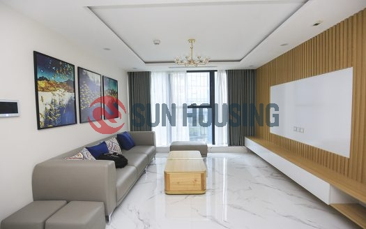 This apartment 3 bedrooms for rent in Sunshine City has a shophouse and city view