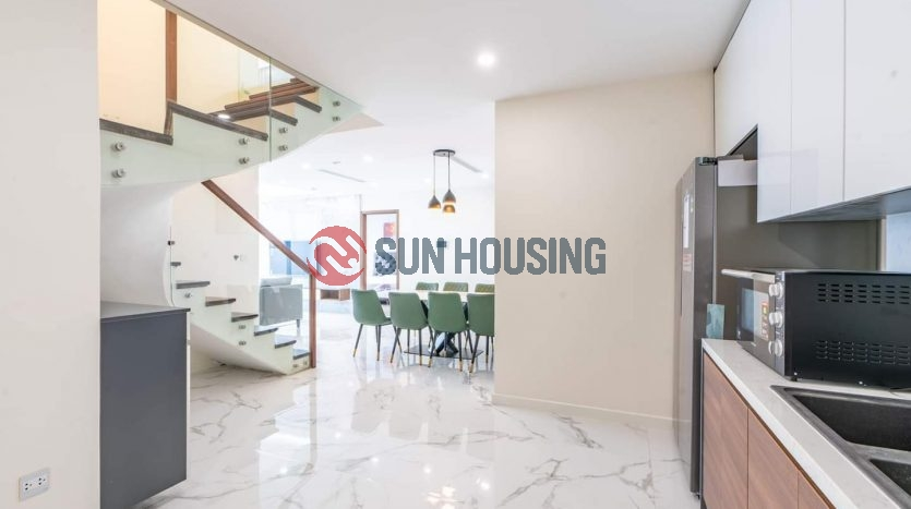 4 bedrooms duplex apartment in Sunshine city for rent.