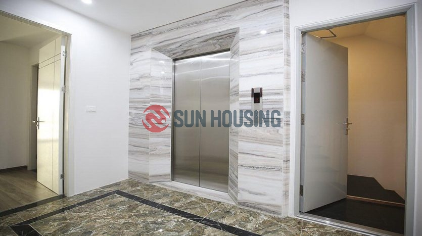 A charming serviced apartment for lease in Vu Mien street