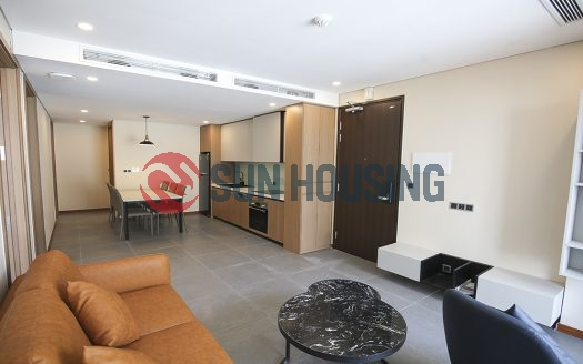 Modern, luxury and a charming 03 bedrooms service apartment in Tay ho street for lease.